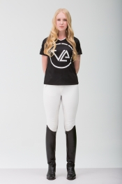 Ashley---Monogram-Colosal-TShirt---2L1A2872
