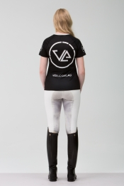 Ashley---Monogram-Colosal-TShirt---2L1A2894